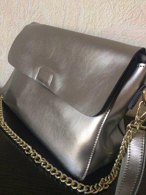 Кроссбоди вместительная натуральная кожа серебро