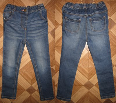 На 3-4 года Стильные джинсы George девочке