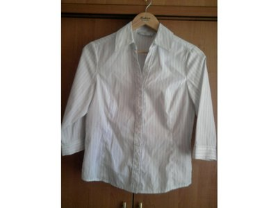 Блузка новая отличная для школы размер 10