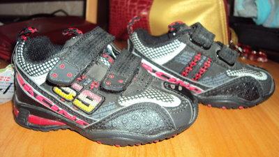 Детские кроссовки для мальчика размер 20