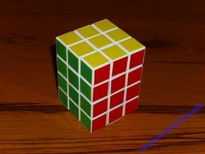 Кубик рубик 3x3x4 не полностью функциональный