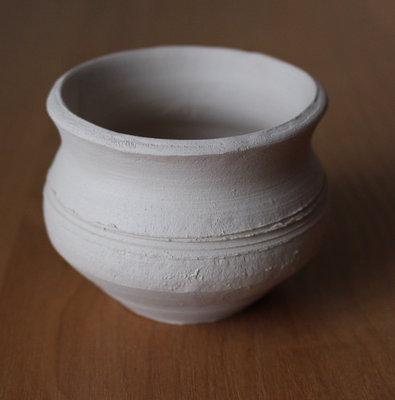 Глиняные заготовки - горшочек, свисток, подкова
