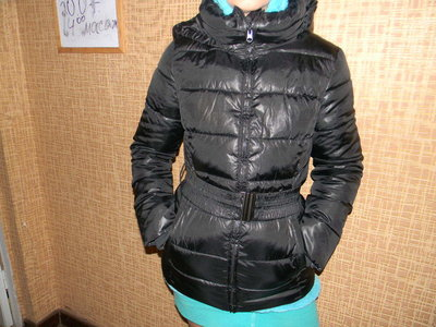 куртка Sisley женская деми 44 р сост. новой