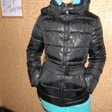 куртка Sisley женская деми 44 р сост.отл. обмен