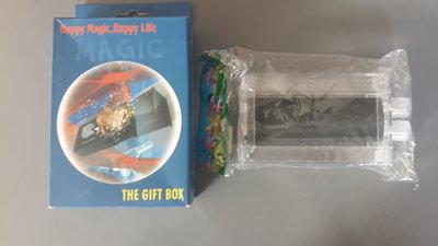 магическая коробка для фокусов