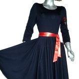 Платья с пышными юбками. Два цвета.
