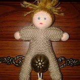 Маленькая куколка ручной роботы