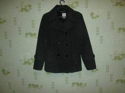 Серое брендовое пальто м-л