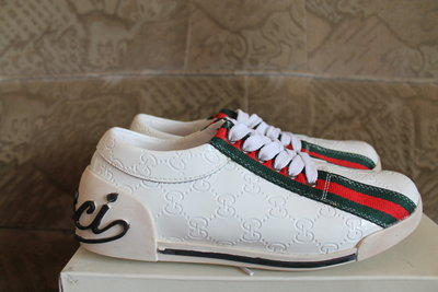 Туфлі Gucci