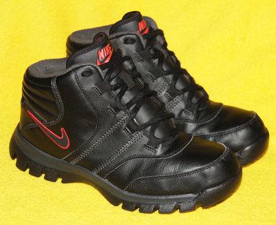 Ботинки деми NIKE р.37 - 38 стелька 24 см
