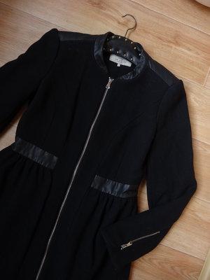 Zara черное пальто на молнии М - размер