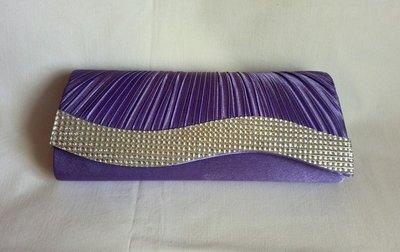 Фиолетовый сатиновый клатч