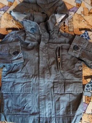 Модная стильная куртка с пропиткой 92-98р новая