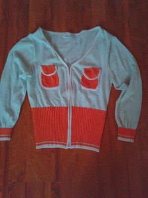продам новую кофту,свитер