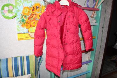 Продам пальто на девочку 9-10 лет