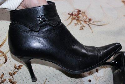 Кожаные демисезонные ботинки, полусапог 38 разм.
