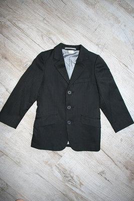Пиджачки в школу для мальчика.
