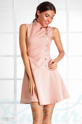 Расклешенное платье безрукавка