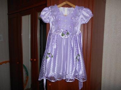 Нарядное платье на девочку 116см