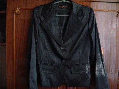 Шикарный фирменный пиджак размер 42