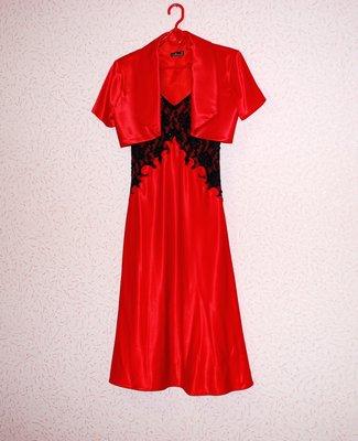 Вечернее красное платье-сарафан с болеро. Размер S-M