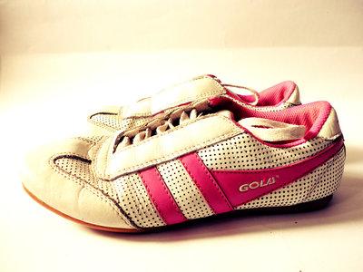 Кожаные кроссовки р.37