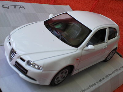 Машинки металл alfa 147 gta,honda integra,peugeot 307 xsi.