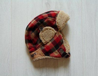 Стильная шапка для мальчика. Внутри флис. H&M. Размер 9-12 месяцев. Состояние новой вещи