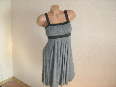 Платье фирменное, размер 40-44, Турция