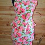 Платье с баской в Розы от H&M Бренд