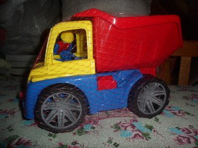 Автомобиль М4 самосвал