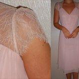 Платье-Миди розовое с французским кружевом Новое 10-12 р.