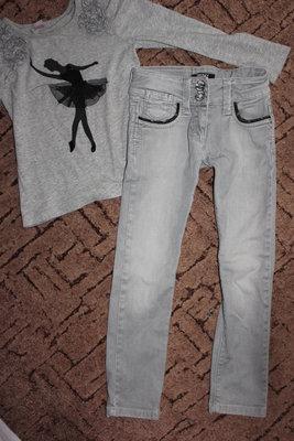 Модные джинсы DKNY 5лет.