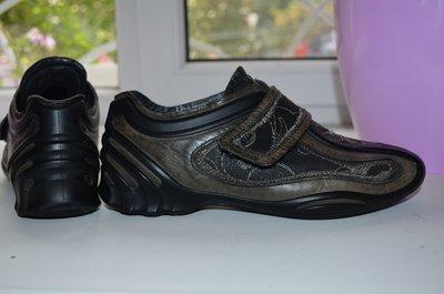 Кожаные, кроссовки Ecco р. 37 по стельке 24,5 см