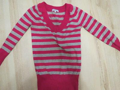 свитерок в полоску на девочку 10-11лет