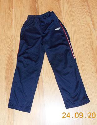 Фирменные спортивные брюки для ребенка 5-6 лет, 110-116 см