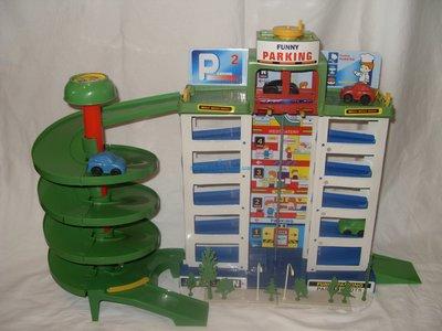 Детская парковка Крутой паркинг . 6 уровней, лифт, 4 машинки