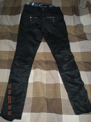 Новые стильные черные брюки коттон стрейч 28рр идеально на осень