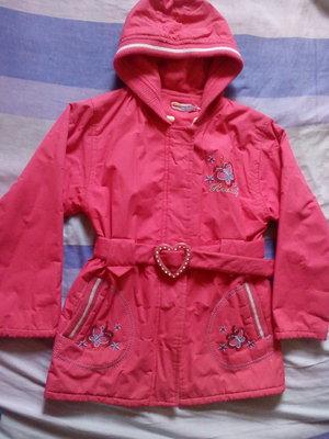 Продам куртку для девочки 6-9 лет.