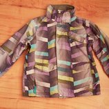 Лыжная курточка на рост 146-156см