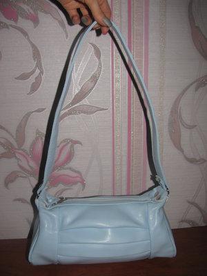Голубая сумочка