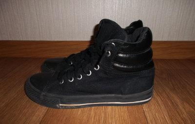 Кеды - ботинки для девочки.