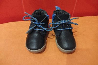 Ботинки деми р.23 6,5 F Clarks, Вьетнам, натуральная кожа замш
