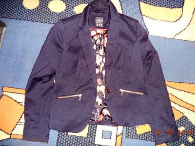 Новый пиджак фирмы Atmosphere 8 р-р