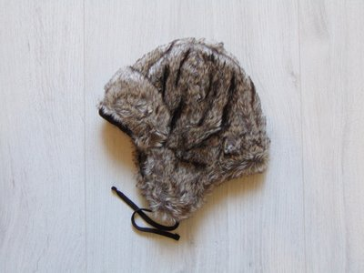 Стильная меховая шапка для мальчика. Внутри на флисе. H&M. Размер 12-18 месяцев
