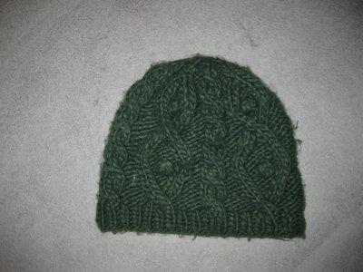 шапка на 6-9 лет, зелёная, крупная вязка