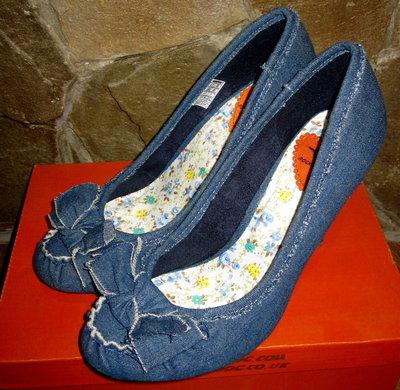 Стильные джинсовые туфли американского бренда Rocket Dog,раз 39 по стельке 25см