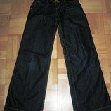 Фирменные расклешенные джинсы VERSACE р. 44-M