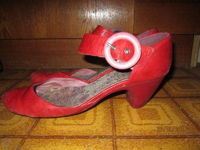 Красные открытые туфли р 37