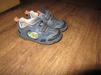 Туфли, кроссовки CLARKS р.7